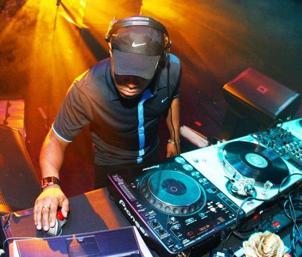 Five Questions to Ask When Hiring a DJ in Houston