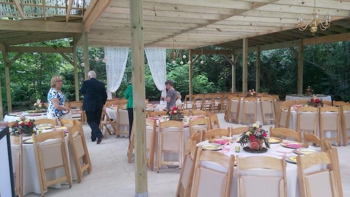 Hodge Podge Lodge Wedding DJ